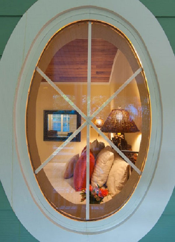 window into the in the Golden Mango room